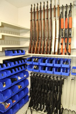 Weapon Shelving Wall Mounted Weapon Racks Armory